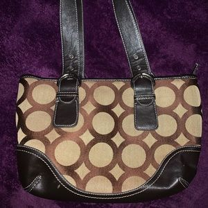 Handbags - Woman's fashionable purse